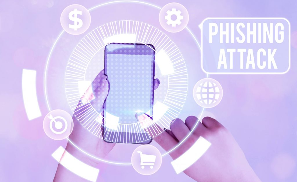 A cell phone is compromised in a phishing attach